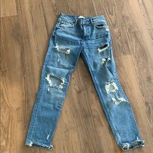 Zara boyfriend, ripped jeans
